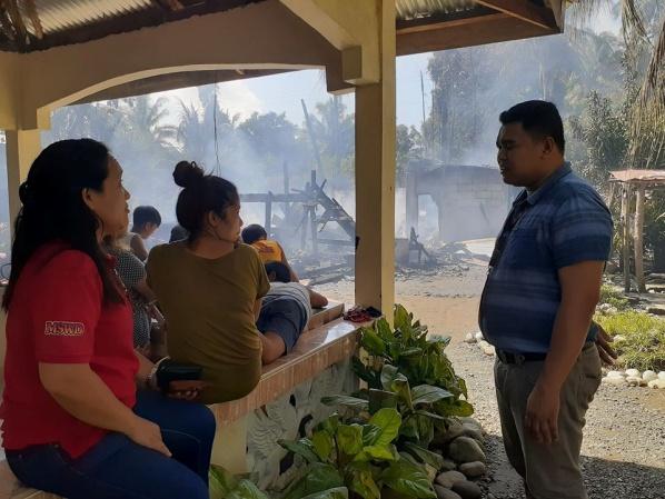 Dangpanan Ni Tomas Gives Assistance To Fire Victims In Bobongon